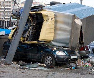 Semi Truck Jackknife Accident Lawyers in Chicago
